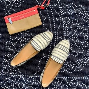 J.CREW 10, white and navy stripe slippers w. Box